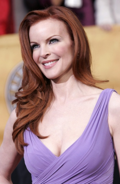 marcia_cross_red hairpurple_hot_on_the_red_carpet