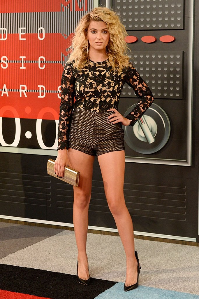 tori-kelly-VMA-2015